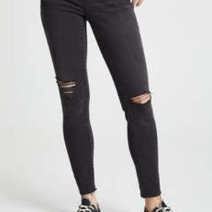 MADEWELL HIGH RISE SKINNY DISTRESSED JEAN SIZE 26